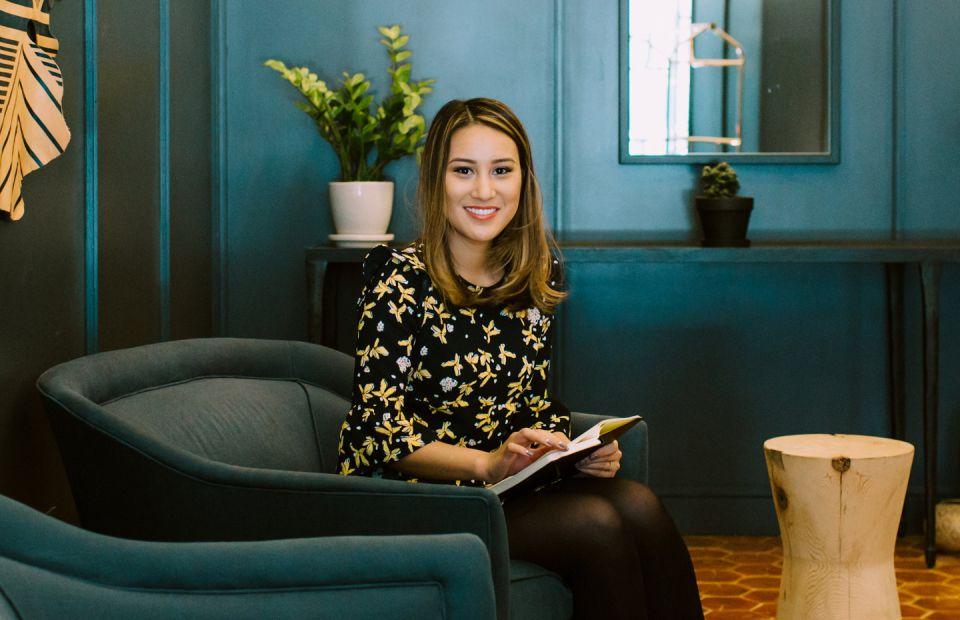 Victoria Caña, Deloitte | Career Contessa